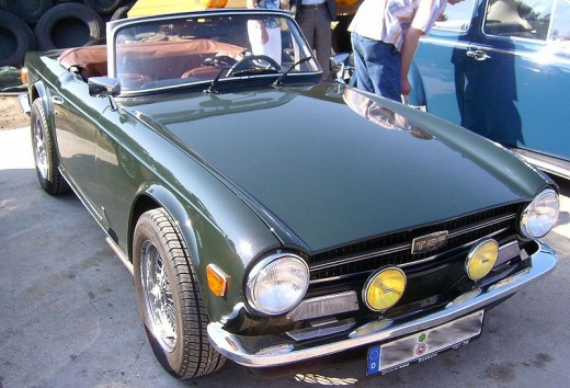 Triumph TR6 by Bjrn Fritsche on  Wikimedia Commons. CC-A-SA-2.5.