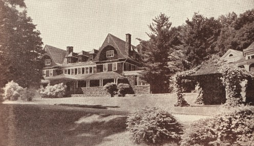 The Trudeau Sanatorium had wide porches looking out upon green lawns.  Photo: 1909