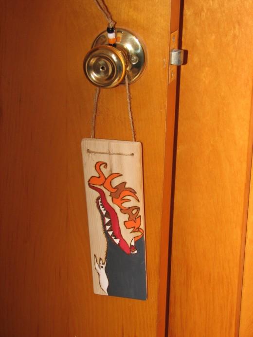 Simple String Door Hanger