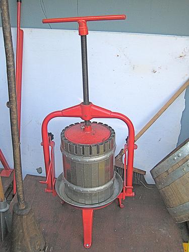basket press