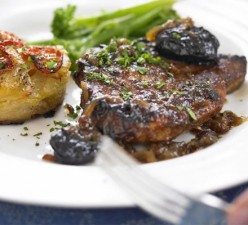 Pork chops with prunes