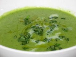 Green Peas and Onion Soup Recipe