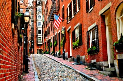 Historic Beacon Hill—19th century cobbled streets and alleys with original  gas lights are just