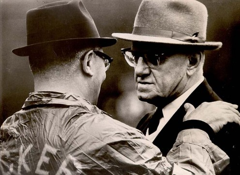 Packers coach Vince Lombardi (left) and Bears owner George Halas Sr. (right) photographed the last time they were on the field together.