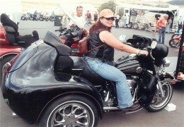 Harley Davidson Trike Poser