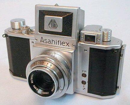 Asahiflex 1954 - Asahi Optical Company of Pentax cameras had introduced the first Japanese Asahiflex SLR using 35mm film