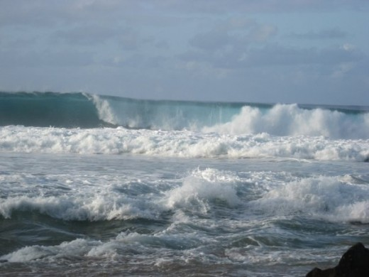 winter waves in Hawaii