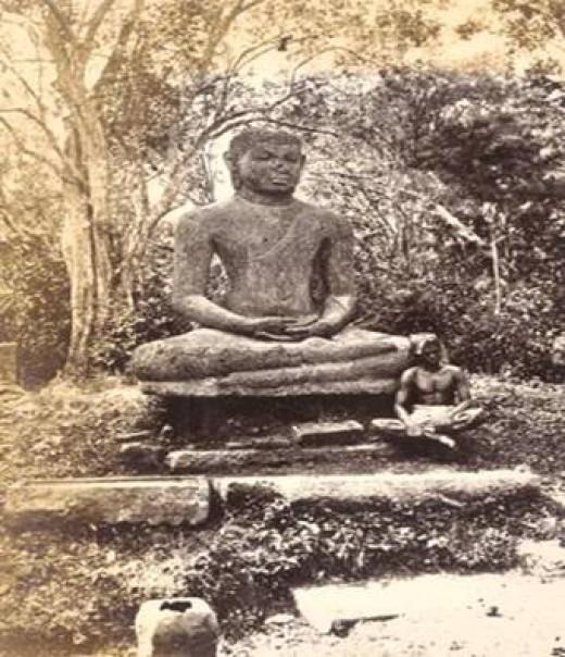 Samadhi Statue- Anuradhapura