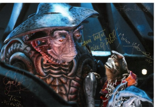 Farscape Autographs - The voices of Rygel and Pilot, and four of the puppeteers. Inscribed by Jonathon Harvey and Lani Tupu