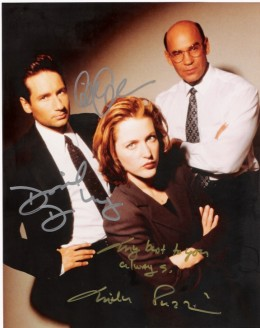 X-Files Cast Autograph - David Duchovny, Gillian Anderson and Mitch Pileggi (inscribed by Pileggi)