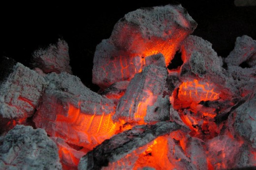 Dying embers, Wikimedia Commons