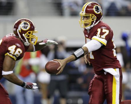 Washington Redskins running back Ladell Betts (46) and quarterback Jason Campbell (17 during an NFL football game against the Dallas Cowboys, Sunday, Nov. 22, 2009 in Arlington, Texas. (AP Photo/LM Otero)