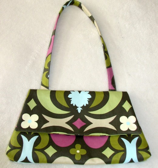 Creating unique or custom handbags could be very popular as gift purchases for friends and family.