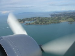 DC3 over Auckland.  Thanks and copyright to Craig Dealey.