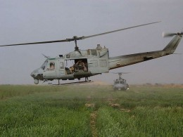 Huey UH-1N in Iraq 2003 Wikimedia - Public Domain