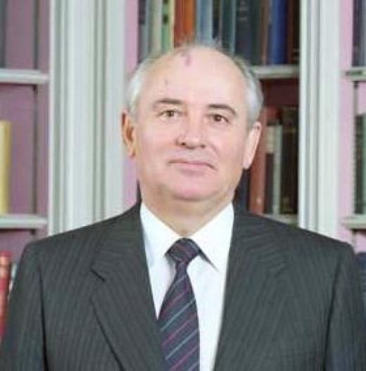 Mikhail Gorbachev - He overlooked the fact that to humans, change is not a natural act and that systems seek homeostasis and equilibrium