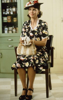 SALLY FIELD AS THE MOTHER OF FORREST GUMP