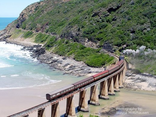Outeniqua Choo Tjoe Train crossing Kaaimans Bridge