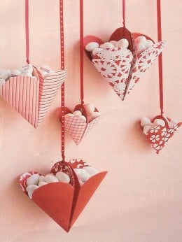 Bonbon-filled hearts