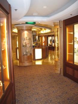 "Mini-Mall aboard Royal Caribbean cruise ship ""Serenade of the Seas"""