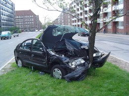 Auto Insurance Buying Guide - Check out car insurance policy before buying your auto insurance.