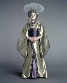 Queen Apailana | RM.
