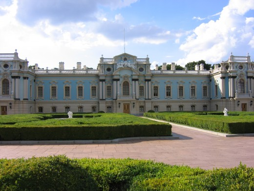 Kiev Mariinsky Palace, again featured in Francesco Rastrelli's distinguished aqua blue color.
