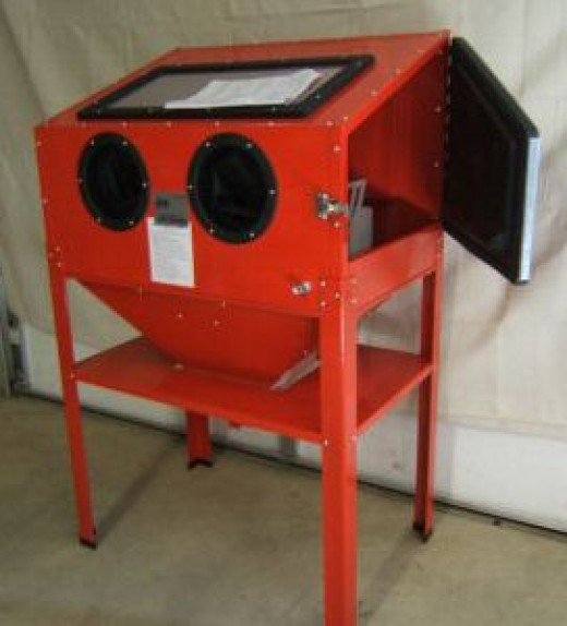 Basic Medium Sized Sandblasting Cabinet