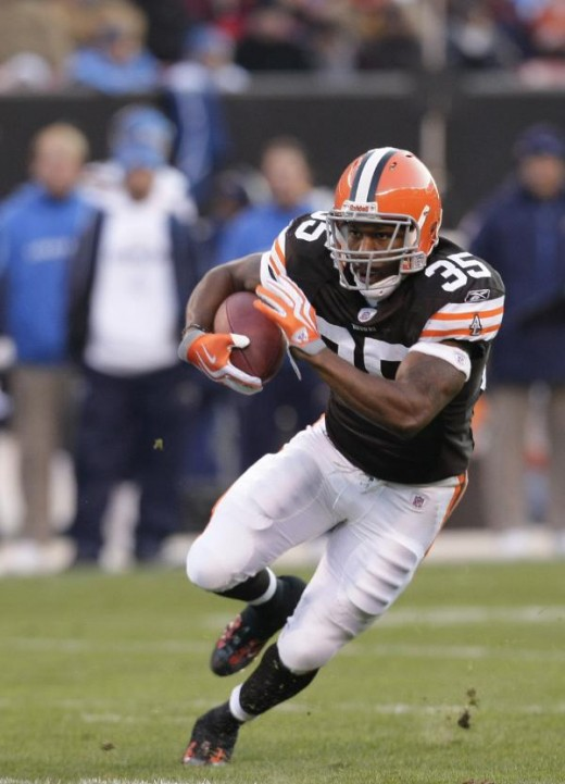 Cleveland Browns running back Jerome Harrison runs during an NFL football game against the San Diego Chargers Sunday, Dec. 6, 2009, in Cleveland. (AP Photo/Tony Dejak)