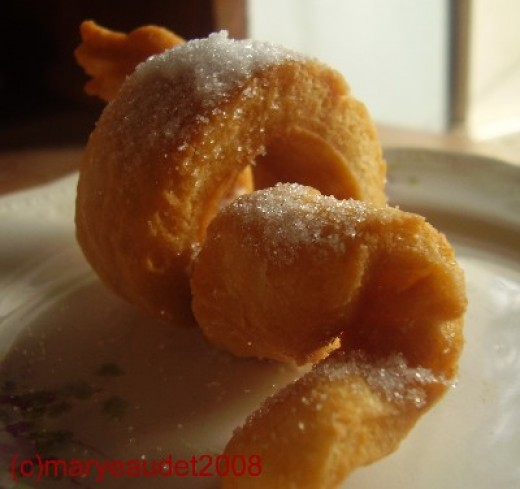 Some yeast raised crullers I made for breakfast the other day. Image:(c)MaryeAudet2008