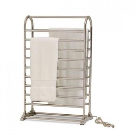 Freestanding heated towel warmer