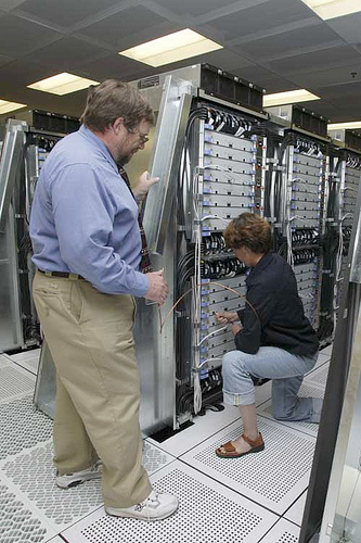 The bluegene l supercomputer getting wired. Photo from:www.flickr.com/  photos/llnl/  2841635792/