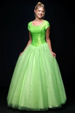 A beautiful modest prom dress makes for a comfortable evening.