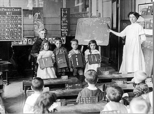 Spelling class in Chelsea, England in 1912.