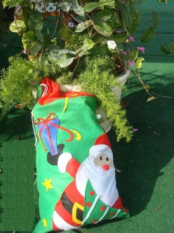 Simple, Quick, and Inexpensive Christmas Storage Idea