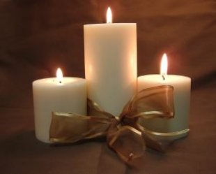 Candles make an excellent gift!