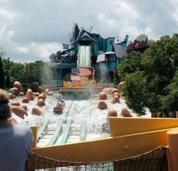 Universal Studios Dudley do right ripsaw falls water ride