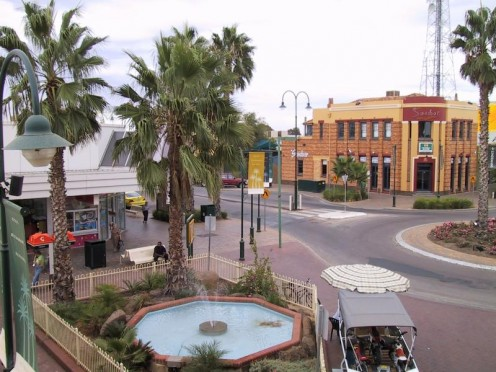 View of one of Mildura's main streets.