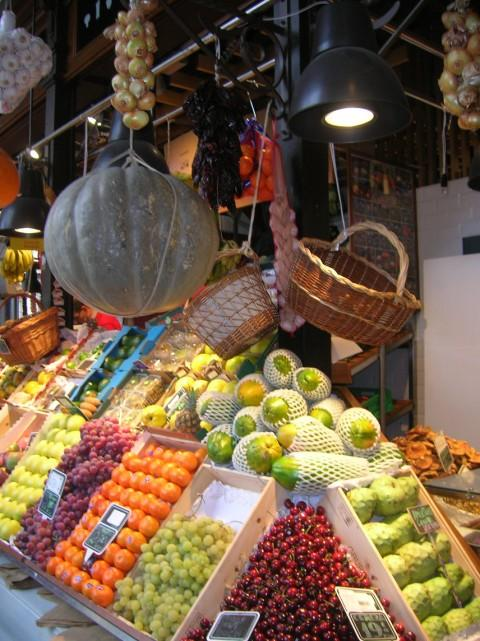 The fruit and vegetables stall. Credit: Otromiyo via Trivago
