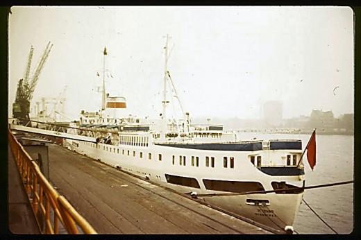 Mikhail Kalinin cruise liner