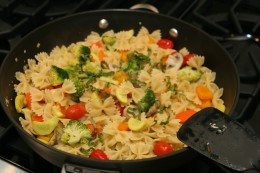Vegetarian Pasta: farfalle with vegetables