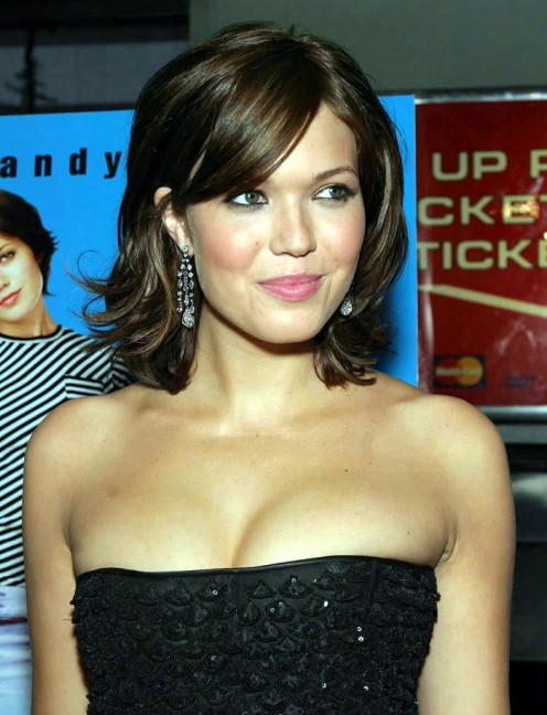 Cute, chic, sexy Mandy Moore.