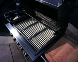 Porcelain rods radiate heat at the grilling surface for perfect heat every time!