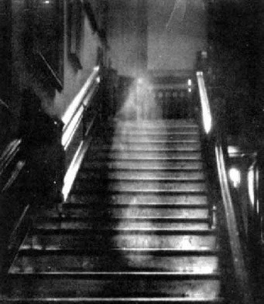 Light and shadow on the staircase