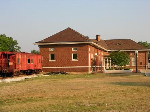 Opelika Train Depot