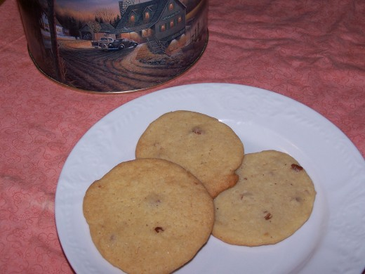 Thin, chewy and delicious cookies.