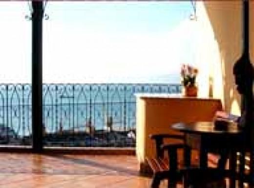Hotel Pilar - rooftop patio
