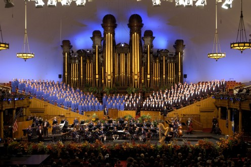 The pipe organ is in the background.