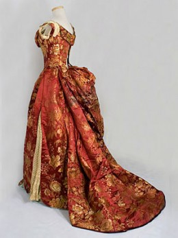 Though not silver, this stunning Worth gown from the 1940s is too beautiful to omit