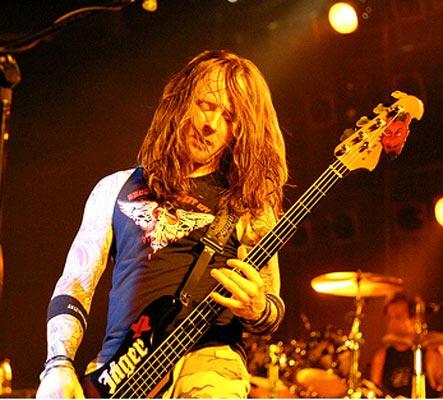 Stevie Benton